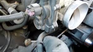 2004 gmc yukon xl 1500 5 3l throttle body throttle position 2004 gmc yukon xl 1500 5 3l throttle body throttle position sensor tps idle air control iac