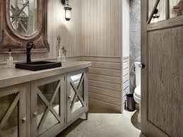 Textural Bathroom Design Who Mix Modern And Country
