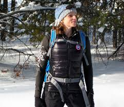 Stay Warm in Style – Canada Goose Women s HyBridge Lite Vest