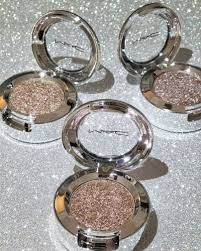mac glitter cosmetics beauty make up makeup s who like makeup s who love makeup mac mac makeup luxury y things
