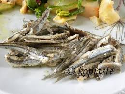 H omada tou olympiakou se nees peripeteies kai mia. Gavros Ladorigani Baked Anchovies With Oregano And Potato Salad Greek Recipes Sardine Recipes Canned Cuisine Recipes
