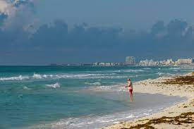 mexico desperate to reopen as cancun