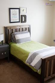 diy twin bed simple home designs pallet