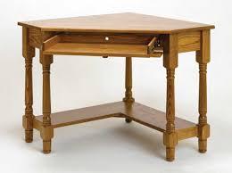 stunning natural brown wooden diy corner desk. Modern Corner Computer Desk Design Featuring Brown Varnished Solid Wood Stunning Natural Wooden Diy E