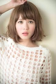 小顔に見える前髪デジタルパーマミディアムの人気ヘアスタイル