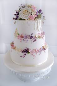 Wedding Cakes And Sugar Flowers In North Lanarkshire