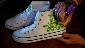 HOW TO GRAFFITI SNEAKERS #1 draw hip hop shoes style kicks fashion ...