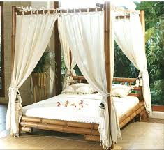 Wood Frame Canopy Bed Wood Canopy Bed Frame Queen Size Room ...