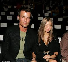 Fergie and Josh Duhamel are warned that their divorce might be DISMISSED  unless documents are filed | Daily Mail Online