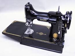 Singer Portable Sewing Machine Model 221 1