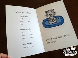 These free phonics worksheets may be used independently and without any obligation to make a purchase, though they work well with the excellent phonics dvd and phonics audio cd programs developed by rock 'n learn. Free Printable Word Family Books For Short Vowels This Reading Mama