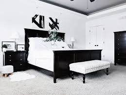 black and white master bedroom ideas