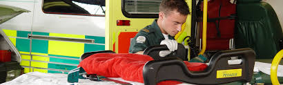 paramedic science foundation degree paramedic science bsc hons faculty of education and health