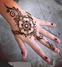 Simple henna finger tattoo designs. It Was Such A Good Mehndi Design Idea Henna Designs Henna Tattoo Designs Mehndi Designs
