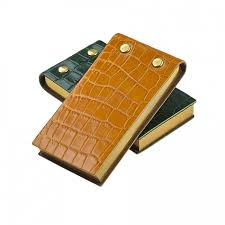 <b>Crocodile Leather Flip</b> Pad