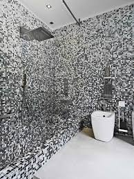 Amazing Black And White Mosaic Tiles In The Modern Bathroom With ...