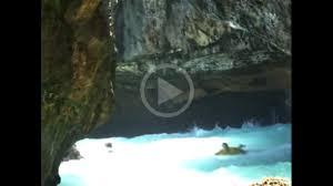 Tide Chart Uluwatu Video Dangerous High Tide Entrance And Exit In Uluwatu