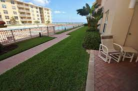 sea coast gardens iii 111 new smyrna