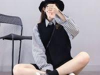 <b>Korean Fashion</b> Trends