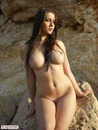Big Beautiful Women Erotic Art Hot Nude Photos