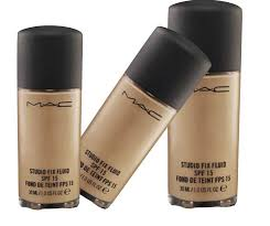 list of top ten best foundations for oily skin