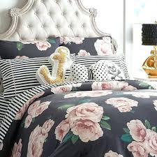 what does duvet cover mean in spanish bed sham the of roses black blush definition quilt cover meaning