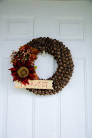 The REAL Housewives of Riverton: Fall Acorn Wreath Tutorial