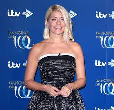 Holly willoughby has presented a number of tv shows alongside phillip schofield such as dancing on ice and this morning. This Morning S Holly Willoughby Gets Emotional On Air