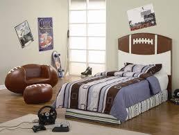 Football Themed Bedroom Best 25 Football Theme Bedroom Ideas On ...