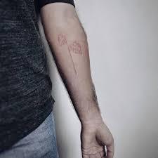 монстера в технике хендпоук от Skindreams Tattoo فيسبوك