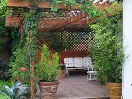 12 budget friendly backyards diy