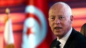 تونس: قيس سعيّد يصعد في خلافه مع رئيس الحكومة ويعتبر أن صلاحياته تشمل قيادة  قوات الأمن الداخلي