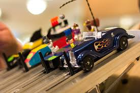 pinewood derby race cars tips for keeping pinewood derby dynamos focused on fun