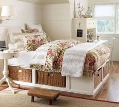 Lovely Wicker Under Bed Storage. The Wicker Baskets Under The Bed Provide A Cool  Idea To