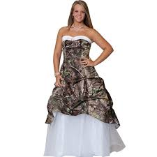 realtree camo wedding gown with detachable train realtree formal