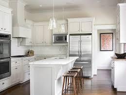 impressive shaker kitchen cabinets white shaker kitchen cabinets design ideas