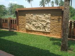 Small Picture Best 25 Garden Wall Design Garden Wall Designs Joy Studio
