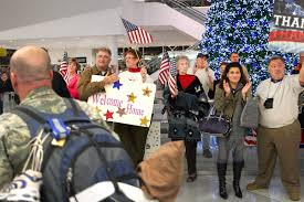 u s department of defense photo essay operation welcome home volunteers and eager family members greet u s military members at the baltimore