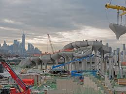 Legal challenges and soaring costs led barry diller, the park's sponsor, to temporarily scrap the venture in 2017. Petals Pots And Pilings Produce Pier Park Hybrid Little Island 2021 03 08 Engineering News Record