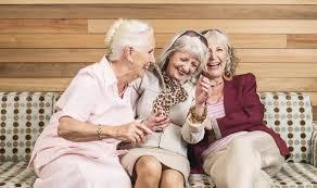 happy old women ile ilgili görsel sonucu