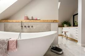 clever decorating tips to make a small bathroom
