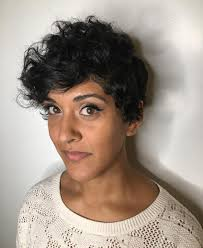 disconnected short curly pixie