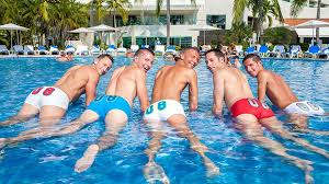 Gay couples travel resorts
