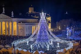 Cathedral Square Park Christmas Lights Visitors Flock To See Lithuanian Christmas Tree That
