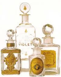 Resultado de imagem para parfum retro