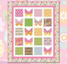 Free Quilt Pattern featuring Dream And A Wish by Sandra Workman ... & Free Quilt Pattern featuring Summer Song 2 by Zoé Pearn for Riley Blake  Designs Adamdwight.com