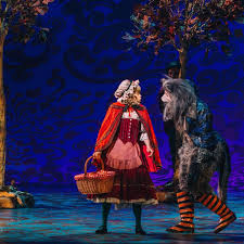 Into The Woods Set Design Broadway Tuts Frames A Stunning New Vision Of Sondheims Into The