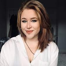 Aisha dee (born 13 september 1993) is an australian actress and singer. Aisha B Startseite Facebook