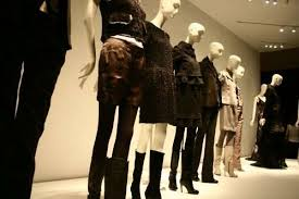 Creative Retail Jobs Creative And New Job Trends Visual Merchandising Retail Management