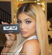 kylie and her popstar pal pia mia right also share a similar look